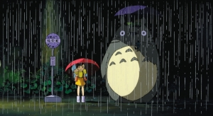my-neighbour-totoro-1988-002-satsuke-mai-and-totoro-out-in-the-rain
